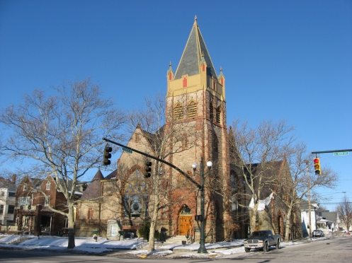 First_United_Methodist_Church_of_London,_Ohio_in_winter.jpg